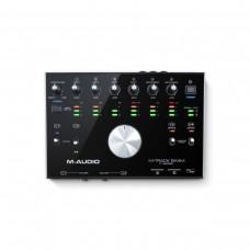 M-Audio M-Track 8X4
